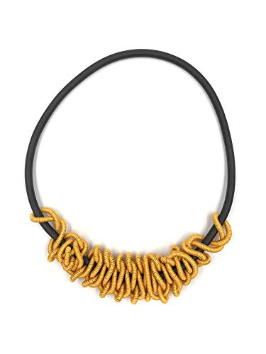 CANOA - Collar 'Twisted', Hecho a Mano, Color Naranja y Amarillo, 34 x 22 cm