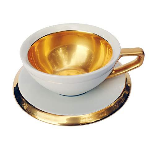 Milchkaffee-Tasse mit Untertasse Serie