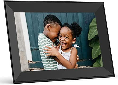 Modern living digital photo frames