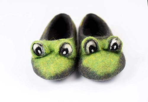 Green Frog toddler felted wool slippers, Handmade kids home shoes with non slip soles