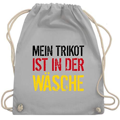 Shirtracer Fußball-Europameisterschaft 2021 - Mein Trikot ist in der Wäsche WM Deutschland - Unisize - Hellgrau - deutschland trikot 2018 - WM110 - Turnbeutel und Stoffbeutel aus Baumwolle