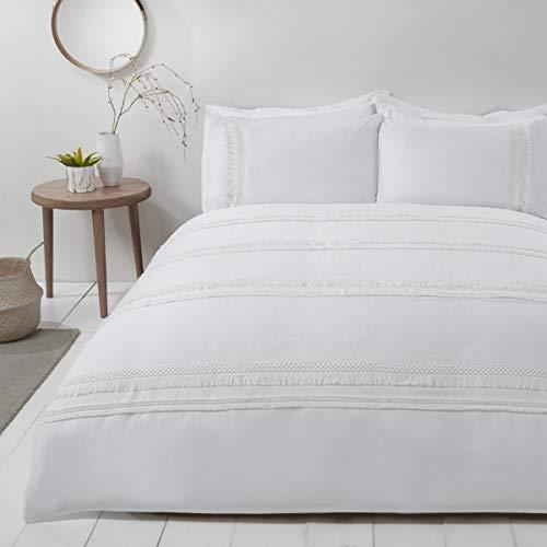 Sleepdown Delicate Tassel White Easy Care Duvet Cover Quilt Bedding Set with Pillowcases - Super King (220cm x 260cm)