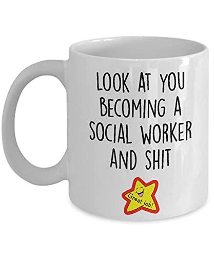 Trabajador social Regalos de graduación Trabajo social Graduados Taza de café Taza Idea divertida de regalo para estudiantes de la escuela Maestros graduados de una universidad universitaria