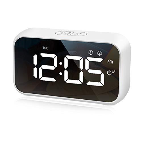 CHEREEKI Reloj Despertador Digital, Despertador Digital con Temporizador de Siesta, Reloj Digital Sobremesa Dormitar con Dual Alarms, USB Rechargeable, 4 Brightness, 8 Volume Adjustable, 12/24