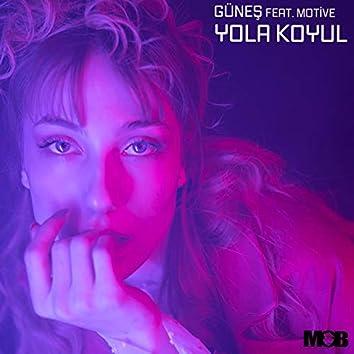 Yola Koyul (feat. Motive)