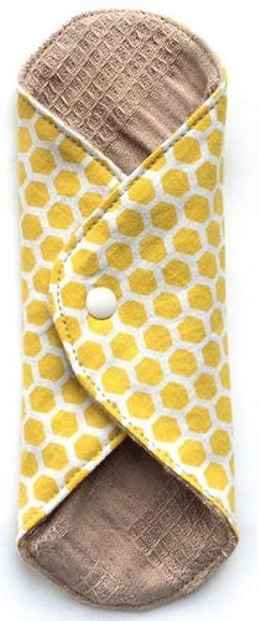 黒くする芽問い合わせる華布 オーガニックコットンのあたため布 Mサイズ(約15×約15cm) ハニー柄