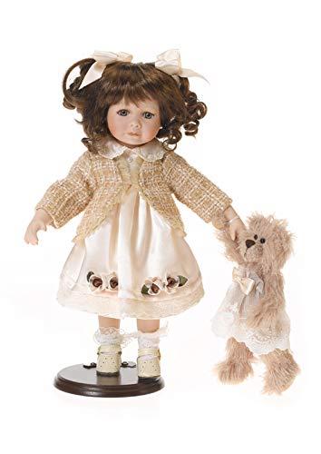 Porzellan-Puppe, creme Kleid und Teddy, 48 cm, Holzständer
