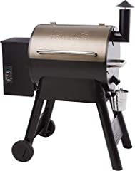Never use gas or charcoal again: cooking with wood just tastes better. Traeger created the original wood-pellet grill as the ultimate way to achieve wood-fired taste Versatile barbecue cooking: hot and fast, or low and slow, the Traeger Pro Series 22...