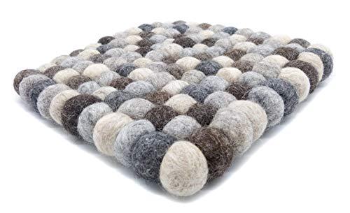 feelz Untersetzer Filzkugel Quadratisch Natur grau 100% Wolle ungefärbt Handarbeit (15x15cm)