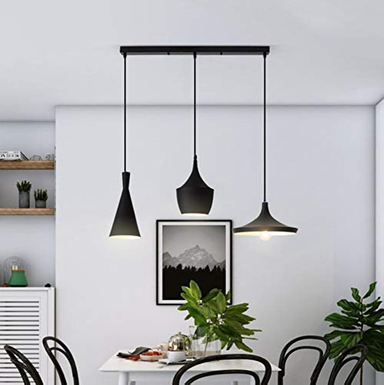 Macaron Nordic kreatives modernes Restaurant-Wohnzimmerschlafzimmer mit drei Leuchtern