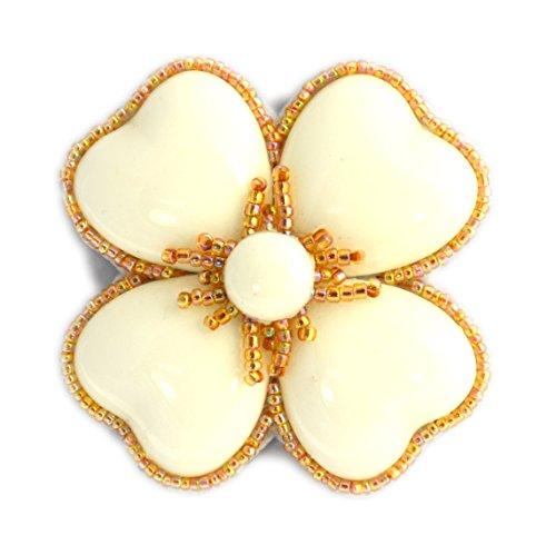 Broche de flor con trébol blanco de porcelana y perlas de cristal...