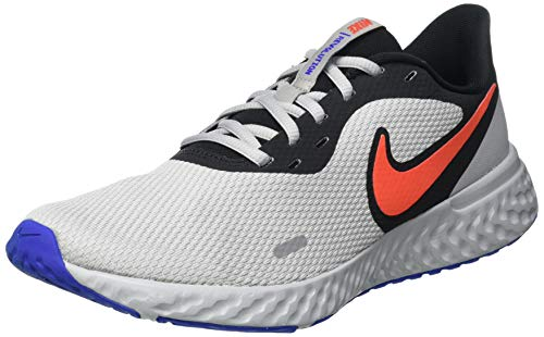 Nike Revolution 5, Running Shoe Hombre, Black/Chile Red-Light Smoke Grey, 42 EU