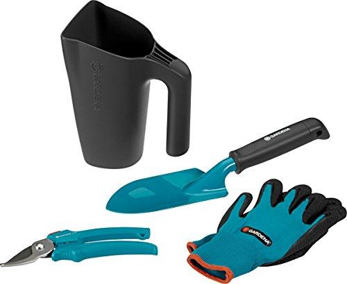 GARDENA 08966-30. Contenido: jarra multifunción, 1 x 8950, 8754, guantes de jardinería.