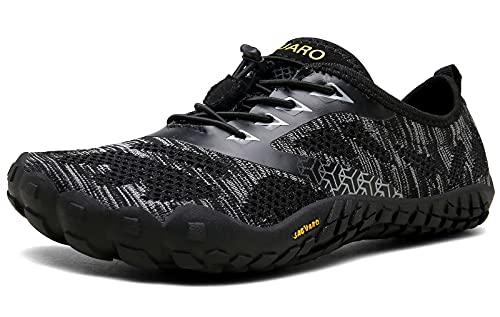 SAGUARO Hombre Mujer Zapatillas Barefoot Minimalistas Calzado de Training Ligeras Cómodas para Caminar Senderismo Ciclismo Trail Running Trekking Playa Agua Exterior Interior, Ébano Negro, 43