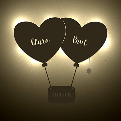 einstückchenliebe Wand-lampe Personalisiertes Schlummerlicht Deko Nachtlicht 2 Luftballons Herz mit Name und Datum Liebes-geschenk Valentinstag Hochzeitstag Holz Persönlich Handarbeit Hochzeit Partner