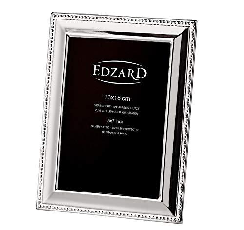 EDZARD Bilderrahmen Perla für Foto 13 x 18 cm, edel versilbert, anlaufgeschützt, mit Samtrücken, inkl. 2 Aufhängern, Fotorahmen zum Stellen und Hängen