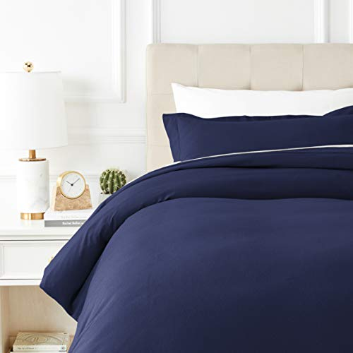 AmazonBasics Everyday Flannel Duvet Cover and 1 Pillow Sham Set - Twin or Twin XL, Navy Blue