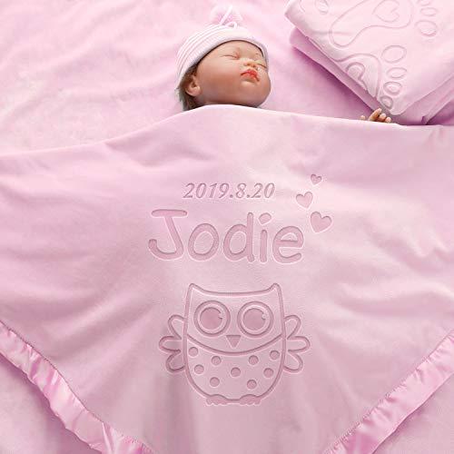 AW BRIDAL Regalos del Búho de Bebé Que Recibe Mantas Regalo Personalizado de Baby Shower, Manta de Felpa Swaddle Fleece para Niños Niñas, Juegos de Cuna de Cama para Recién Nacidos (1 Línea de Texto)