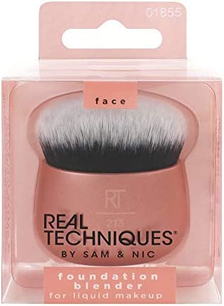Real Techniques Makeup Blender Brush for Liquid Foundation Versatile for Cream and Powder Foundations product image