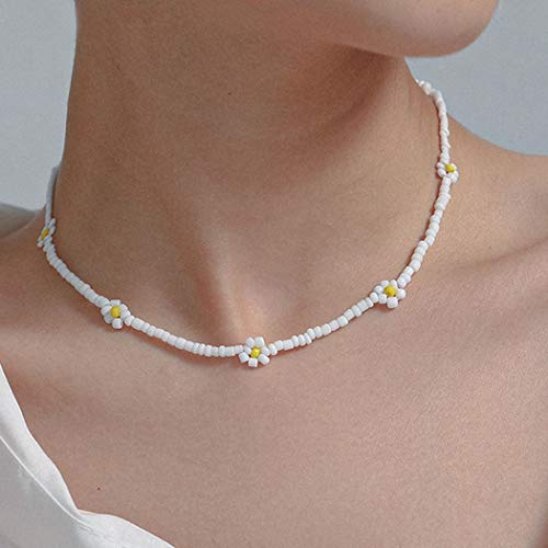 Sethain Boho Beach Choker Necklace White Short Chain Bead Necklaces Jewelry for Women and Girls (White)