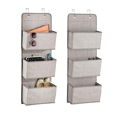 mDesign 2er-Set Schrank-Organizer – Hängeorganizer mit 3 Fächern aus atmungsaktivem Polypropylen – Mehrzweckschrank für die Tür – für Kinderzimmer, Schlafzimmer & Co. – grau