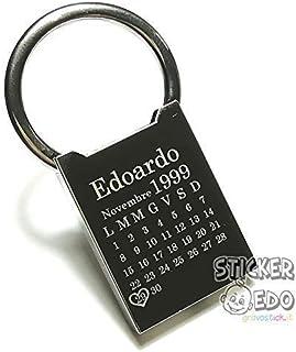STICKEREDO Portachiavi in metallo lucido, personalizzato con incisione nome e data. Idea regalo per festa innamorati, comp...