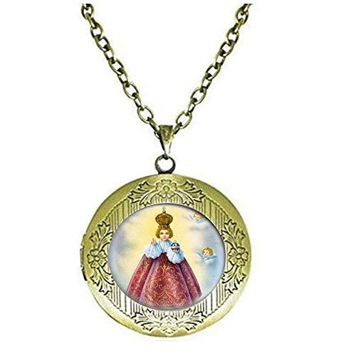 Collana con medaglione cattolico di Gesù di Praga. Medaglia cristiana cattolica. Charm Jewelry vetro foto gioielli