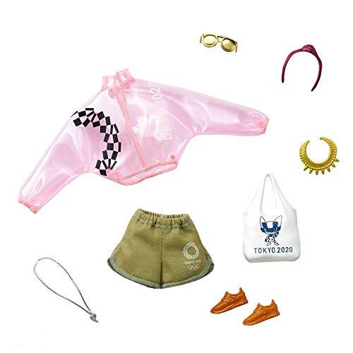 Barbie- Conjunto de Moda Rosa Transparente, Pantalones Cortos y 6 Accesorios para muñecas (Mattel GJG34)