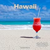 Hawaii 2021 Calendar: Wall Calendar 12 Month with Holidays Calming Aesthetic Travel Photography