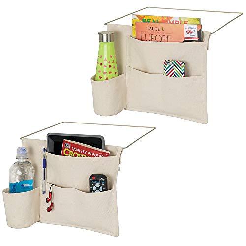 mDesign Betttasche zum Einhängen im 2er-Set – geräumiger Nachttisch Organizer aus Baumwolle mit 4 Taschen – praktische Hängeaufbewahrung für Flasche, Fernbedienung, Tablet & Co. – creme