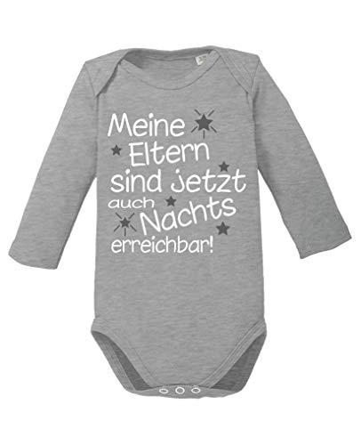Comedy Shirts - Meine Eltern sind jetzt auch Nachts erreichbar! - Baby Langarm Body - Graumeliert/Weiss-Grau Gr. 50/56