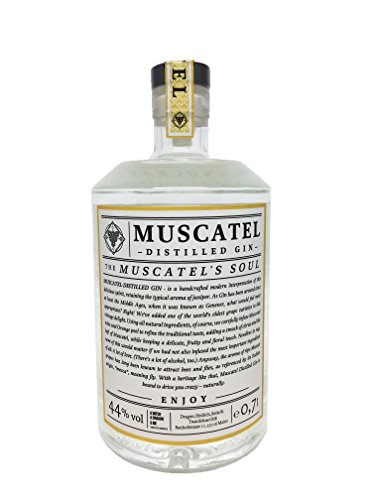 Muscatel Handcrafted Distilled Gin - All Natural Ingredients - Made in Germany - 0,5l / 44%vol. alc.