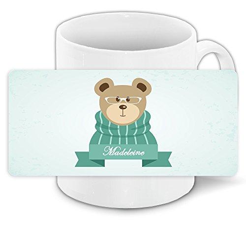 Tasse mit Namen Madeleine und winterlichem Motiv Bär mit Brille und Pullover - Tasse zu Weihnachten