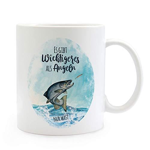 ilka parey wandtattoo-welt Tasse Becher Kaffeetasse Meerforelle Lachsforelle Fisch Spruch Es gibt Wichtigeres als Angeln Kaffeebecher Geschenk Spruchbecher ts968