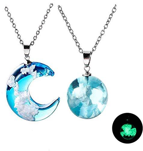 Nuages du ciel collier en résine, 2021 nouveau collier créatif, bleu clair Chic boule de résine transparente lune pendentif collier bijoux cadeau 2 pièces (combinaison)