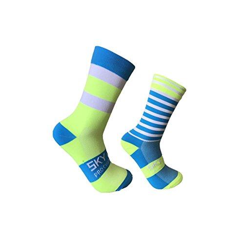 Sport Socken Outdoor Radfahren Socken Linke und rechte Füße Wellenpunkt Gestreifte Fahrräder Socken Calcetines Ciclismo Für Männer Frauen Laufen Radfahren Wandern Wandern.
