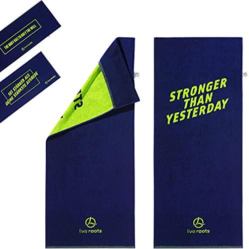 LIVE ROOTS Fitness Handtuch XL - Sporthandtuch 120x50 cm - mit Fixierung - 100 Prozent Premium Baumwolle - eindeutige Vorder- und Rückseite - XL Towel (blau/grün, Stronger Than Yesterday)