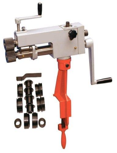 Máquina para acanalar + 6 juegos de cilindros para acanalar y rebordear techo