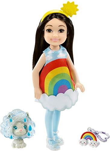 Barbie Muñeca Chelsea con disfraz de arcoíris.