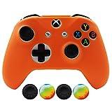 Hikfly Silicona Controlador Cubrir Piel Protector Caso Placas Frontales Kits con 4pcs Thumb Grips Kit para Xbox One S / Xbox One X Controller(Naranja)