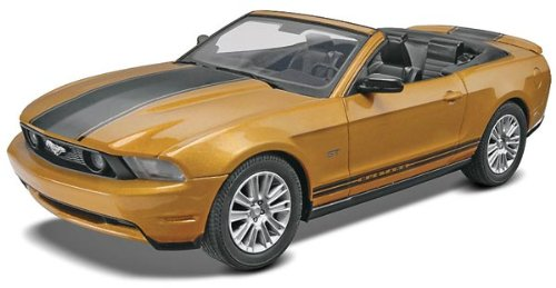 Price comparison product image Revell SnapTite 2010 Ford Mustang Convertible Plastic Model Kit