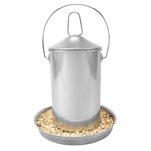 Sterico Futterautomat für Hühner und Geflügel | 304er Edelstahl | Rostfrei | BPA-frei | Frei von gefährlichen Kanten | Aufhängbar und Aufstellbar | Futtertrog | Futterspender | 3Kg Füllmenge