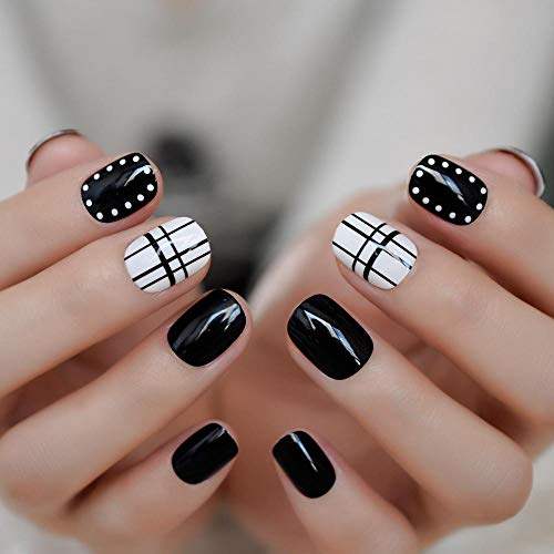 CLOAAE Classic Black And White Trellis False Nails With Mirror Effect Pretty White Small False Nails Acrylic Nails Designed With Dots 24 Pcs