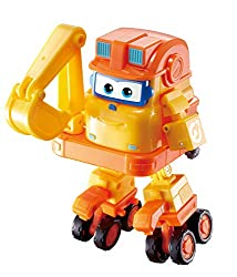 Transforming Police Jett Scoop transforms from toy excator to bot in just small easy steps Scoop is one of the newest characters to the Super Wings team and is part of Donnie's Build-It Buddies Mission Team. Also available from Season 3 are Rescue Di...