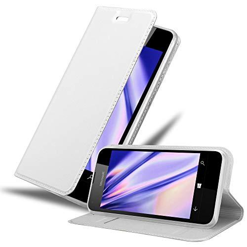 Cadorabo Custodia Libro per Nokia Lumia 550 in CLASSY ARGENTO – con Vani di Carte, Funzione Stand e Chiusura Magnetica – Portafoglio Cover Case Wallet Book Etui Protezione