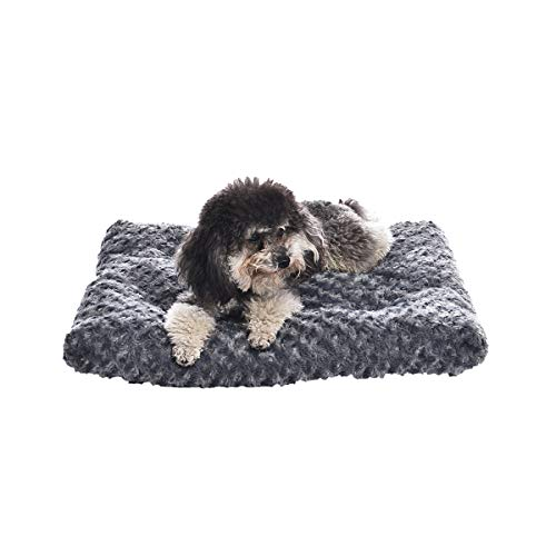 AmazonBasics Pet Dog Bed Pad, 23 x 18 x 2.5 Inch, Grey Swirl