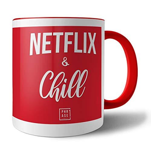 PHRASE 1 by FotoPremio Tasse mit Spruch - Netflix & Chill | Kaffeetasse beidseitig Bedruckt | Tasse mit Motiv | Geschenkidee für Freunde, Familie, den Liebsten, die Liebste