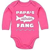 Shirtracer Sprüche Baby - Papas süßester Fang - 6/12 Monate - Fuchsia - Baby Strampler Angler - BZ30 - Baby Body Langarm