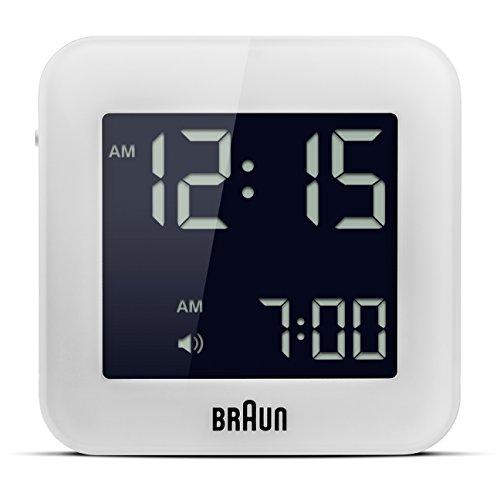Braun BNC-008-WH Reloj despertador digital de viaje, pantalla LCD de fácil lectura, función snooze, luz de fondo. pantalla de 12 / 24 horas, color blanco
