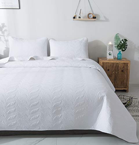 Quilt Set 3 Piece White King Cal King Size New Pattern Bedspread - Soft Microfiber Lightweight Coverlet for All Season (118'x106' Includes 1 Quilt, 2 Shams)